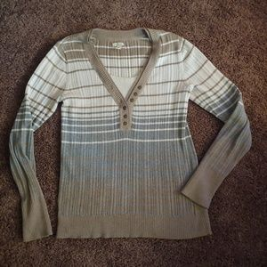 Sonoma women's gently worn vneck stripe sweater